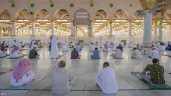 المسجد النبوي يستقبل المصلين بإجراءات جديدة