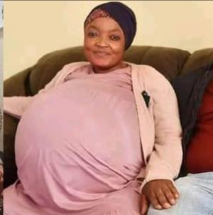اعتقال المرأة التي خدعت العالم بقصة إنجابها 10 توائم في جنوب إفريقيا