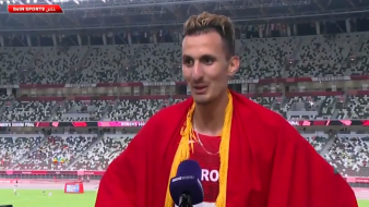 """البطل """"سفيان البقالي"""" يفاجئ المغاربة بتصريحه بعد فوزه بالذهبية"""